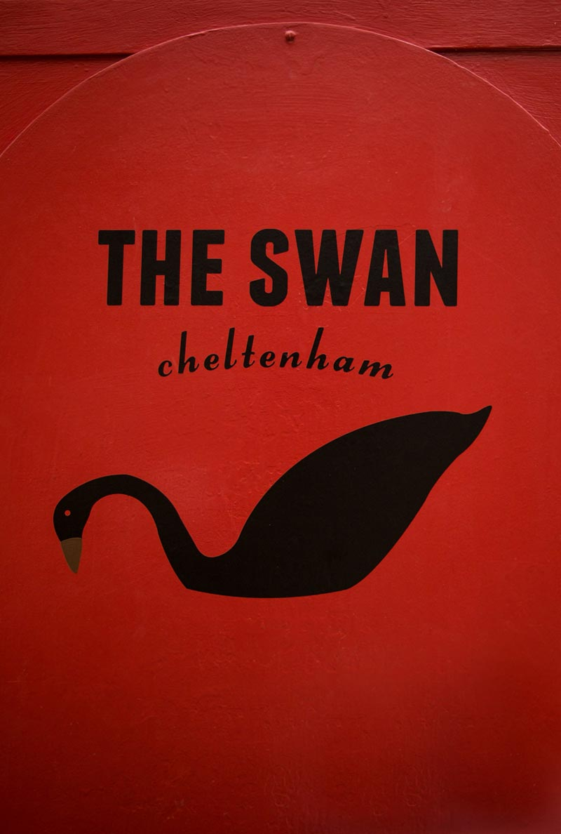The Swan Cheltenham Relaxed Traditional Pub Homemade